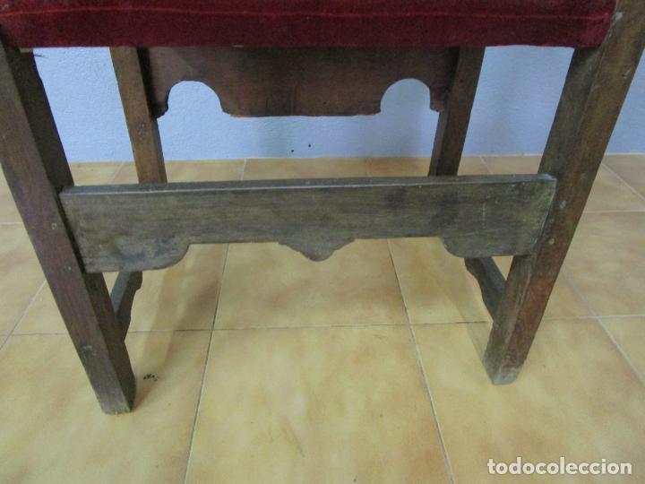 Antigüedades: Sillón Frailero - Madera de Nogal - Respaldo Bordado - Tapicería en Terciopelo - S. XVII-XVIII - Foto 24 - 209585303