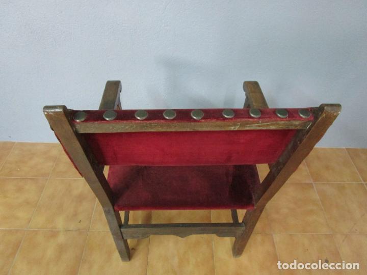 Antigüedades: Sillón Frailero - Madera de Nogal - Respaldo Bordado - Tapicería en Terciopelo - S. XVII-XVIII - Foto 26 - 209585303