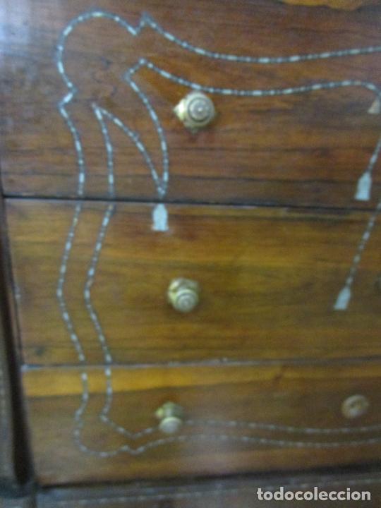 Antigüedades: Cómoda Isabelina - Madera Jacarandá - Marquetería en Zinc - Mármol - S. XIX - Foto 7 - 247818660