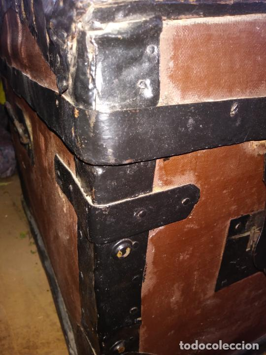 Antigüedades: Antigüo baúl de viaje en madera. - Foto 2 - 49275154