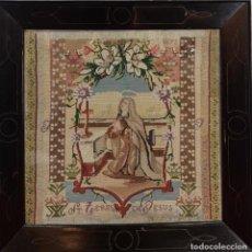 Antigüedades: SANTA TERESA DE JESÚS. BORDADO A MANO EN TELA. MARCO DE ÉPOCA. 1872.. Lote 209654341