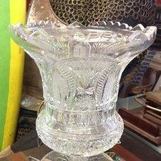 Antiquités: JARRON CRISTAL DE BOHEMIA. MUY TALLADO A MANO . . PRECIOSO. Lote 209684805