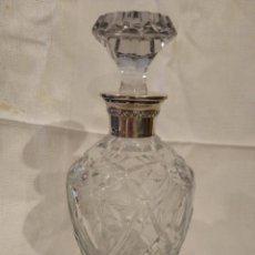 Antigüedades: LICORERA CRISTAL TALLADO Y BOCA DE PLATA. Lote 209701911