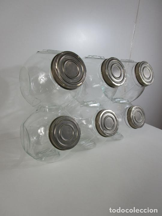 Antigüedades: Carameleros, Bomboneras - Cristal Redondo, Apilable - Tapón Metálico - de Antigua Tienda, Confitería - Foto 2 - 209740163