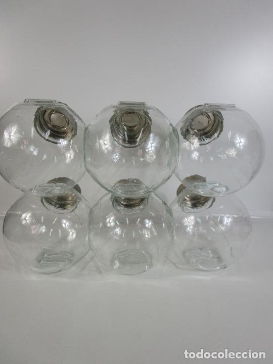 Antigüedades: Carameleros, Bomboneras - Cristal Redondo, Apilable - Tapón Metálico - de Antigua Tienda, Confitería - Foto 10 - 209740163