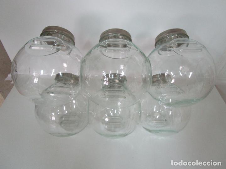 Antigüedades: Carameleros, Bomboneras - Cristal Redondo, Apilable - Tapón Metálico - de Antigua Tienda, Confitería - Foto 11 - 209740163