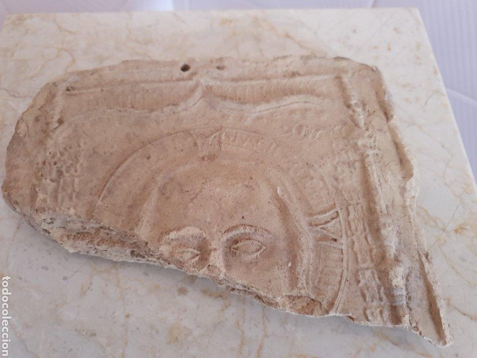 Antigüedades: ANTIGUO FRAGMENTO DE AZULEJO RELIGIOSO REALIZADO EN TERRACOTA S.XVIII-XIX - Foto 2 - 161011918