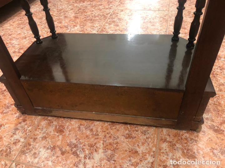 Antigüedades: LIBRERIA EN MADERA NOGAL - MEDIDA 142X60X30 CM - Foto 8 - 209779307