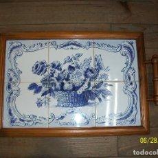 Antigüedades: BONITA BANDEJA CON AZULEJOS. Lote 209832438