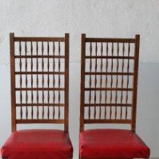 Antigüedades: PAREJA DE SILLAS AÑOS 60. Lote 209893075