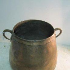 Antigüedades: CENTENARIA MARMITA DE COBRE EN BUEN ESTADO. Lote 209900437