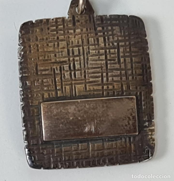 Antigüedades: COLECCION DE 11 LLAVEROS. METAL CHAPADO EN PLATA Y ESMALTE. ZODIACO. SIGLO XX. - Foto 4 - 209904157