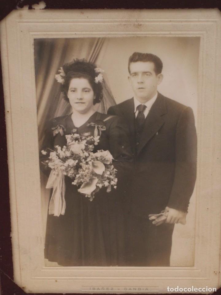 Antigüedades: Cuadro con foto en blanco y negro antigua. 19x14. - Foto 2 - 209926631