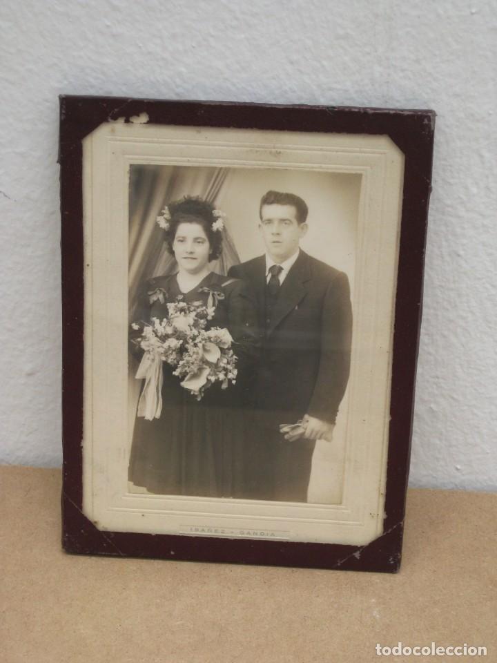 Antigüedades: Cuadro con foto en blanco y negro antigua. 19x14. - Foto 6 - 209926631