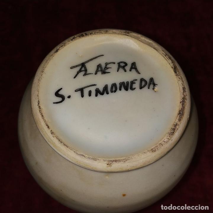 Antigüedades: 2 ALBARELOS. CERÁMICA ESMALTADA. CON MARCAS DE TALAVERA Y PUENTE ARZOBISPO. ESPAÑA SIGLO XX - Foto 6 - 209928147