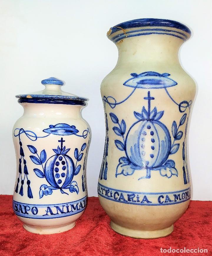 2 ALBARELOS. CERÁMICA ESMALTADA. CON MARCAS DE TALAVERA Y PUENTE ARZOBISPO. ESPAÑA SIGLO XX (Antigüedades - Porcelanas y Cerámicas - Talavera)