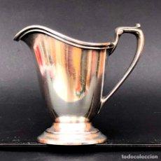 Antigüedades: BONITA CREMERA DE PLATA SOLDADA.REED & BARTON ALTURA 9,5 CM. DIÁMETRO BASE 6 CM. 300 G.. Lote 210005137