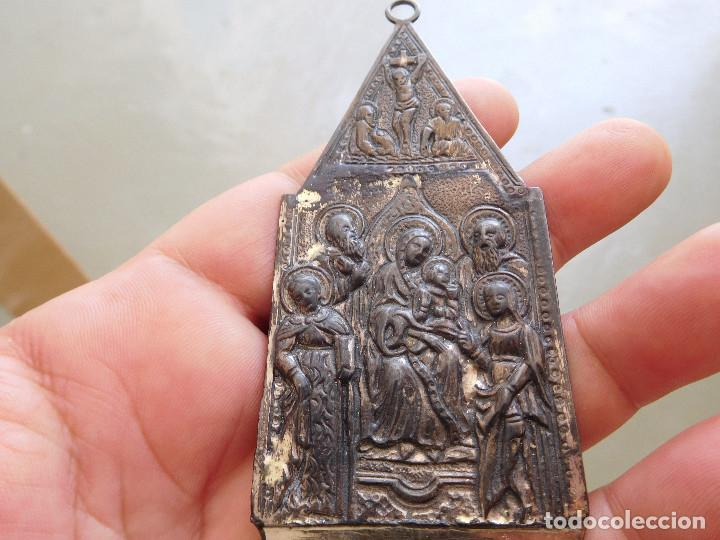Antigüedades: Antigua benditera de plata virgen con niño - Foto 2 - 210023455