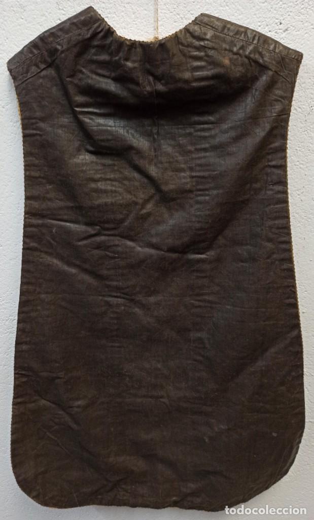 Antigüedades: Bella casulla negra con estola a juego. A1 - Foto 7 - 210029260