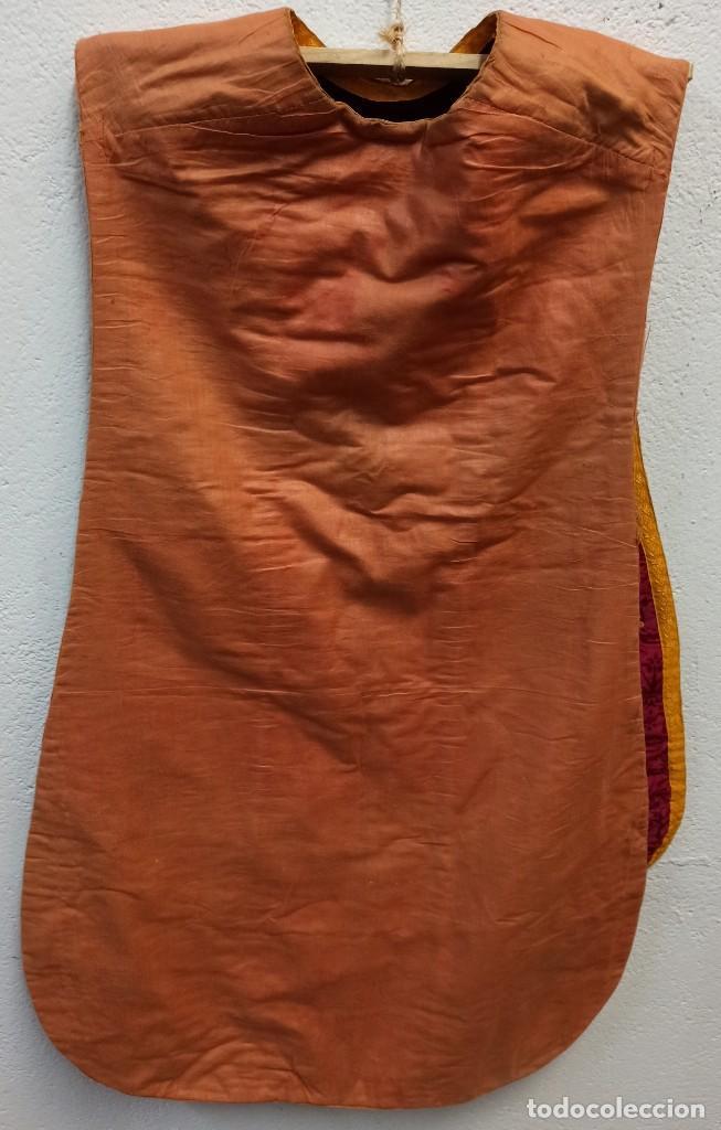 Antigüedades: Bella casulla morada negra. A1 - Foto 6 - 210029752