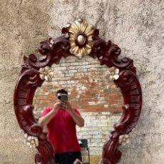 Antiquités: ANTIGUO ESPEJO DE MADERA TALLADA . BUEN ESTADO -MIDE 1 METRO X 80 CM - VER LAS FOTOS. Lote 210036013