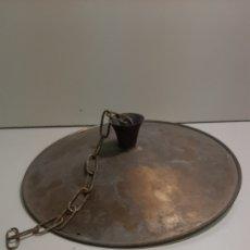 Antigüedades: ANTIGUO FAROL, LÁMPARA, FOCO, INDUSTRIAL DE METAL DORADO, LATÓN O BRONCE. MUY BONITO.. Lote 210059545
