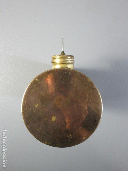 Antigüedades: Hornillo de Petróleo - Marca Irum, Mod B - Cocina Económica - con Instrucciones - Años 40-50 - Foto 9 - 210095615