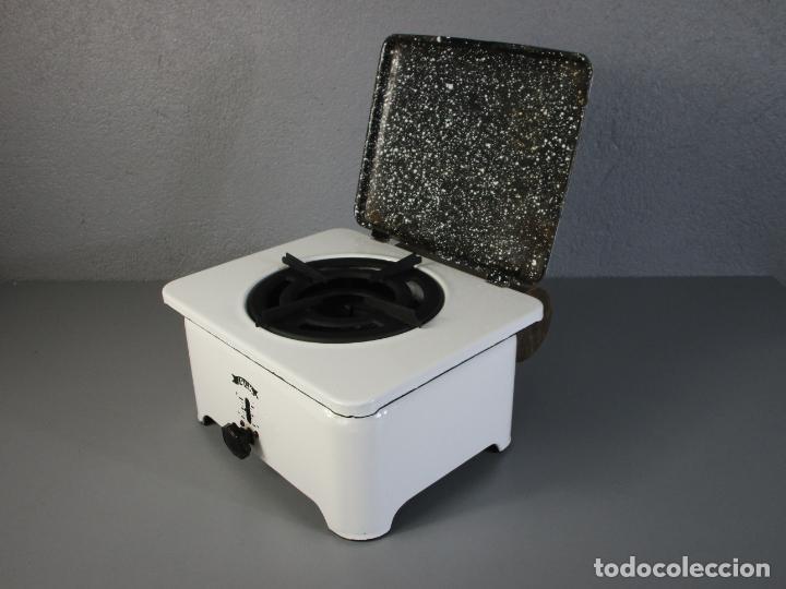 Antigüedades: Hornillo de Petróleo - Marca Irum, Mod B - Cocina Económica - con Instrucciones - Años 40-50 - Foto 10 - 210095615