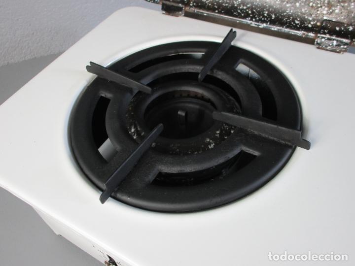 Antigüedades: Hornillo de Petróleo - Marca Irum, Mod B - Cocina Económica - con Instrucciones - Años 40-50 - Foto 11 - 210095615