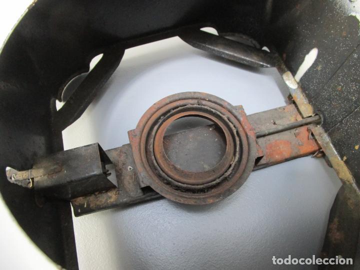 Antigüedades: Hornillo de Petróleo - Marca Irum, Mod B - Cocina Económica - con Instrucciones - Años 40-50 - Foto 16 - 210095615