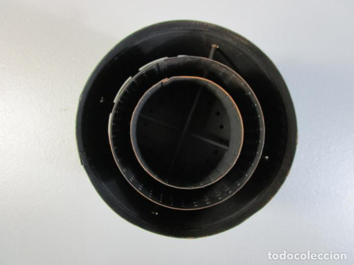 Antigüedades: Hornillo de Petróleo - Marca Irum, Mod B - Cocina Económica - con Instrucciones - Años 40-50 - Foto 18 - 210095615