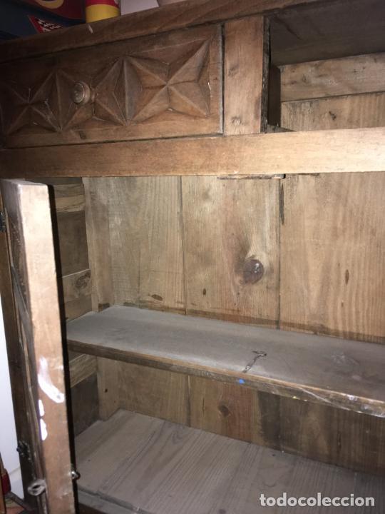 Antigüedades: Mueble de entrada estilo castellano madera maciza. mide 110 x 97 x 34. bien conservado - Foto 5 - 210099892