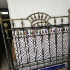Antigüedades: ANTIGUA CAMA DE HIERRO Y DORADO 140. Lote 210110717