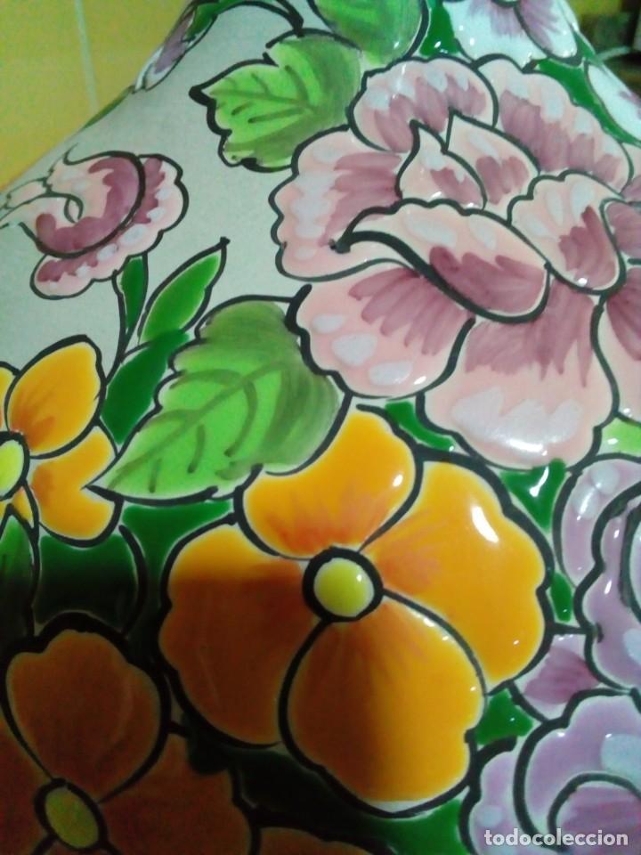 Antigüedades: precioso florero de ceramica - Foto 5 - 210112970