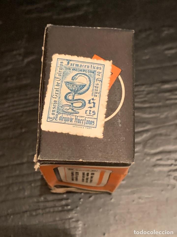 Antigüedades: Antiguo medicamento. Gotas Sulfatropinol. Bote con cuentagotas. Laboratorio Eros. Farmacia - Foto 2 - 210113016
