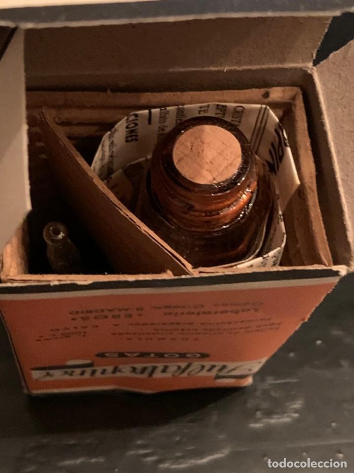 Antigüedades: Antiguo medicamento. Gotas Sulfatropinol. Bote con cuentagotas. Laboratorio Eros. Farmacia - Foto 6 - 210113016