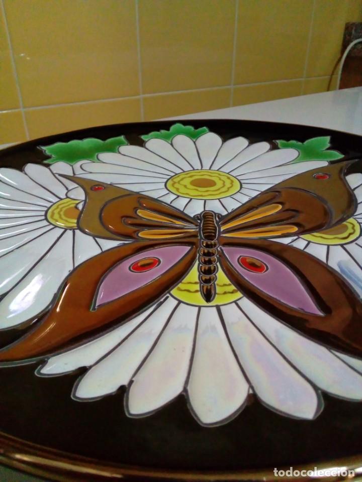 Antigüedades: bonito plato con relieve - Foto 2 - 210117311