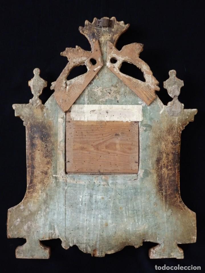 Antigüedades: Importante sacra-porta relicarios, elaborada en madera tallada. Pps. S. XVIII. Mide 64 cm de altura. - Foto 14 - 210151583