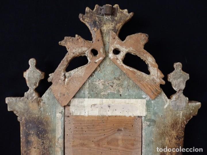 Antigüedades: Importante sacra-porta relicarios, elaborada en madera tallada. Pps. S. XVIII. Mide 64 cm de altura. - Foto 15 - 210151583