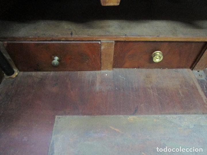 Antigüedades: Decorativa Cómoda Escritorio Isabelina - Madera de Caoba - S. XIX - Foto 8 - 210189681