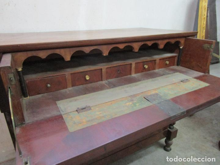 Antigüedades: Decorativa Cómoda Escritorio Isabelina - Madera de Caoba - S. XIX - Foto 10 - 210189681