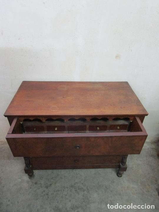 Antigüedades: Decorativa Cómoda Escritorio Isabelina - Madera de Caoba - S. XIX - Foto 15 - 210189681