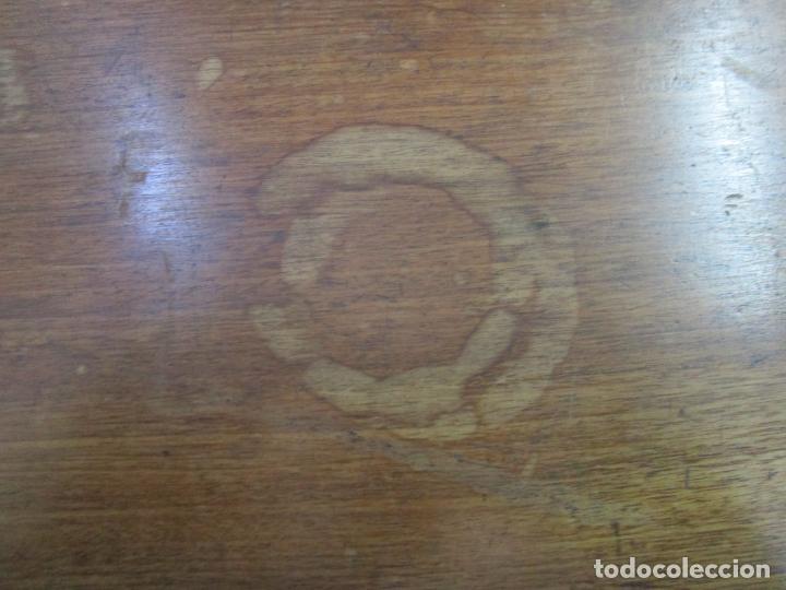 Antigüedades: Decorativa Cómoda Escritorio Isabelina - Madera de Caoba - S. XIX - Foto 22 - 210189681