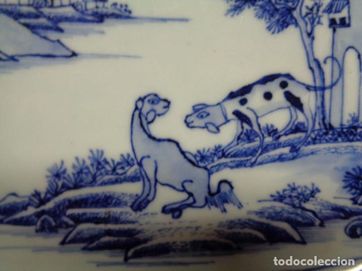 Antigüedades: BANDEJA CHINA EN PORCELANA, ÉPOCA KANXI (1668-1722). COMPAÑÍA DE INDIAS - Foto 4 - 210209940