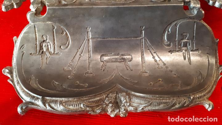 Antigüedades: ESCRIBANIA ALEMANA. TEMA DEPORTIVO. 1930. - Foto 2 - 210244708
