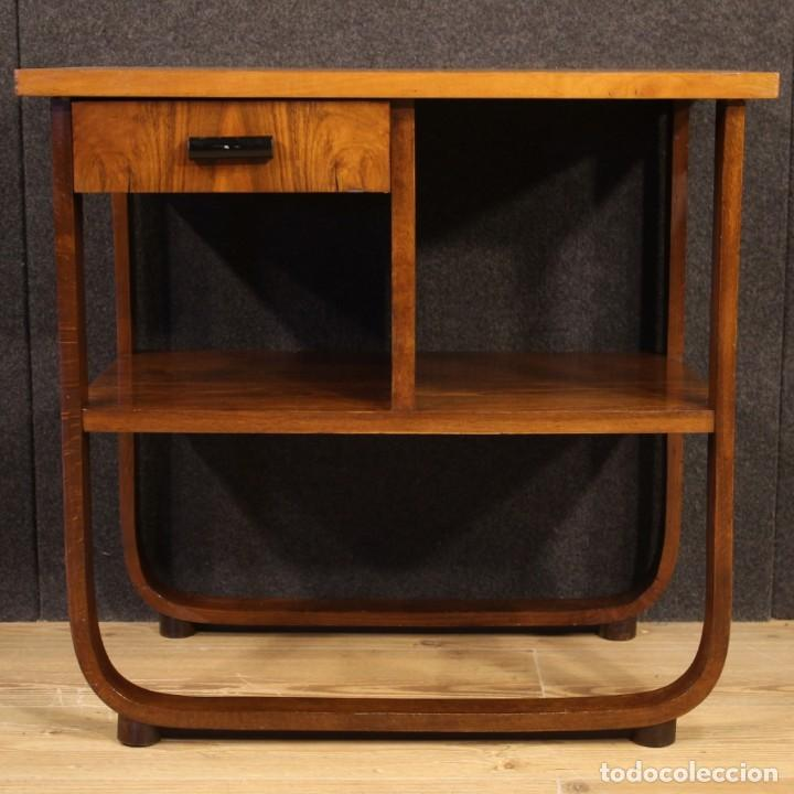 Antigüedades: Mesa auxiliar de diseño italiano en madera de nogal, haya y ebonizada. - Foto 4 - 210270495