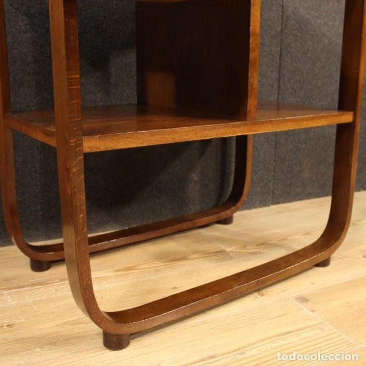 Antigüedades: Mesa auxiliar de diseño italiano en madera de nogal, haya y ebonizada. - Foto 11 - 210270495