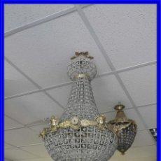 Antigüedades: IMPORTANTE LAMPARA DE CRISTALES Y BRONCE DORADO ALTURA 70 CM. Lote 210278636