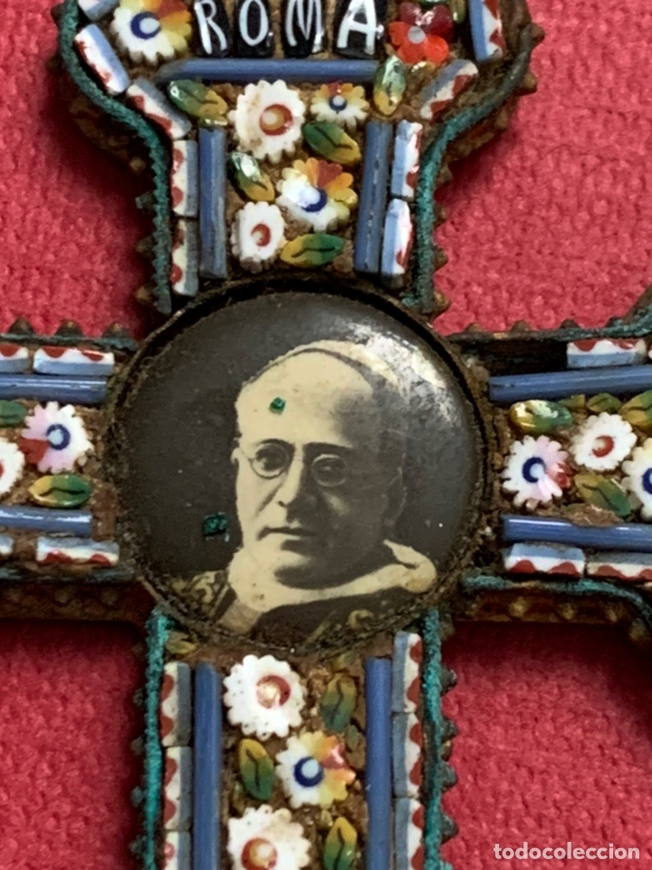 Antigüedades: Preciosa cruz de roma en micromosaico. Foto de su santidad el Papa de Roma - Foto 2 - 210302402