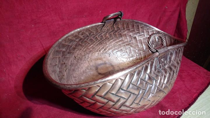 Antigüedades: PRECIOSO DISEÑO CESTO CAPACHO COBRE IDEAL DECORACION MESA CENTRO, TIENDAS PANADERIA 52 CM LONGITUD - Foto 9 - 210305178